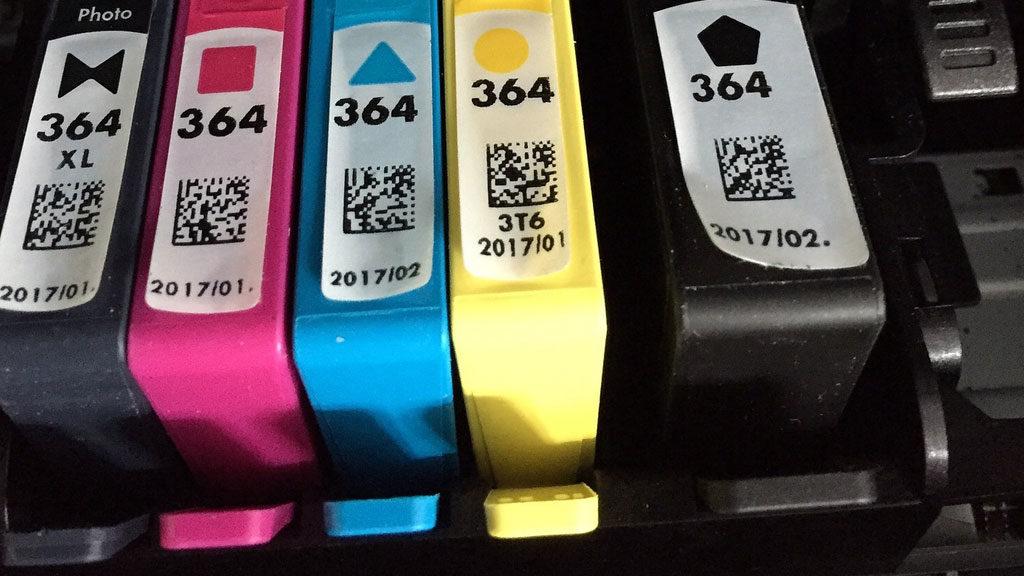 Alcune cartucce colore dei toner di una stampante