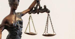 Si accorciano i tempi di prescrizione per i reati dei processi penali. Anche per quelli legati alle morti da amianto sul lavoro.