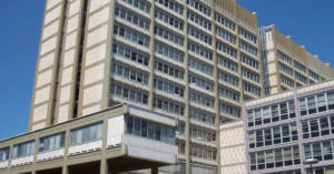 Sede centrale dell'INPS a Roma. Riconoscimento benefici previdenziali esposti amianto