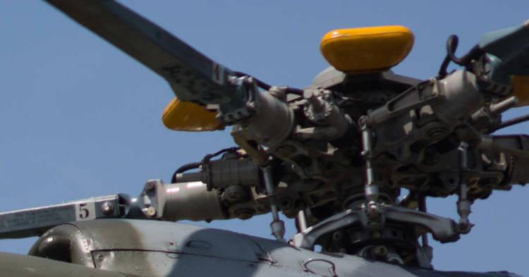 L'elica di un elicottero. INPS condannata alla maggiorazione contributiva amianto per undici ex lavoratori delle Officine Aeronavali di Brindisi