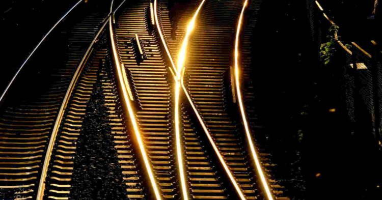 Binari ferroviari. Confermata in Cassazione condanna titolari impresa smontaggio carrozze ferroviarie per mesotelioma pleurico dipendente