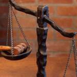 bilancia della giustizia. Primo piano