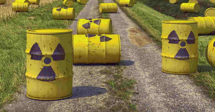 Bidoni di rifiuti radioattivi