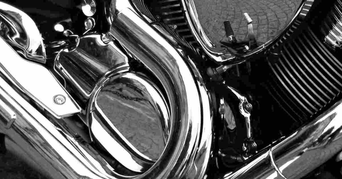 Cromatura su parti di un motociclo