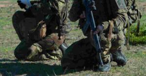 Militari in esercitazione a Capo Teulada